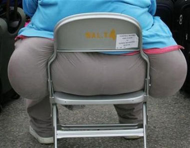 breaking chairs What Fat People Dont Like